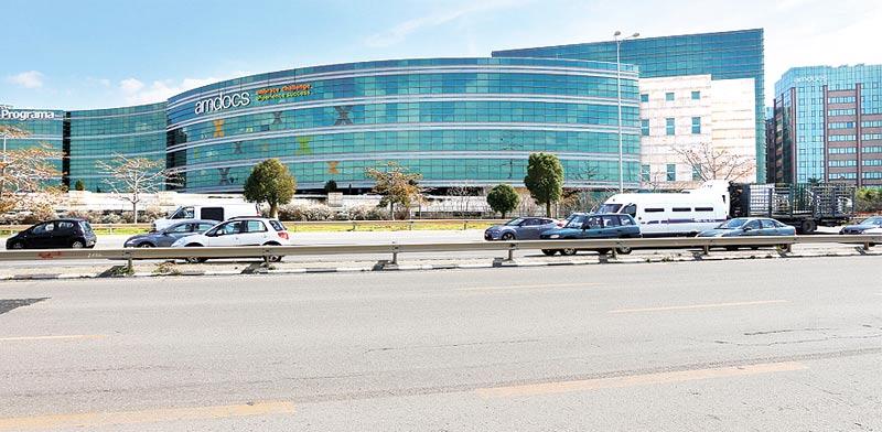 משרדי אמדוקס בצומת רעננה / צילום: יחצ