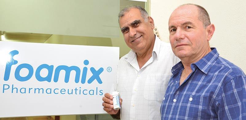 Dov Tamarkin and Meir Eini