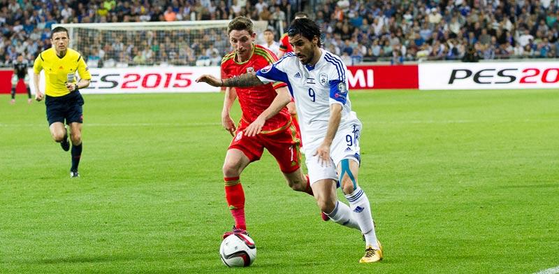 ליאור רפאלוב, נבחרת ישראל מול וויילס, מוקדמות יורו 2016 / צלם: רויטרס