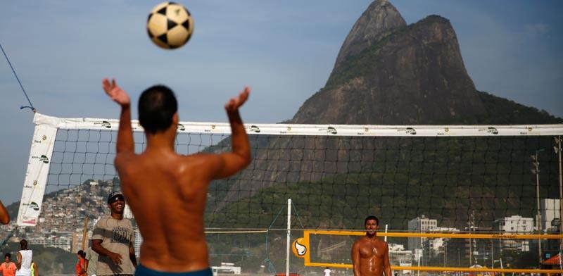 כדורעף על חופי ריו דה ז'ניירו, ברזיל / צלם: רויטרס