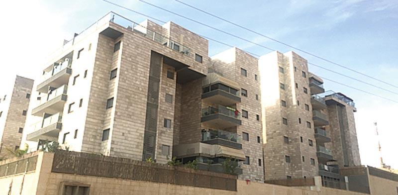 דירת פנטהאוז בת 5 חדרים בדימונה, ברחוב תל לכיש בשכונת ממשית / צילום: יחצ