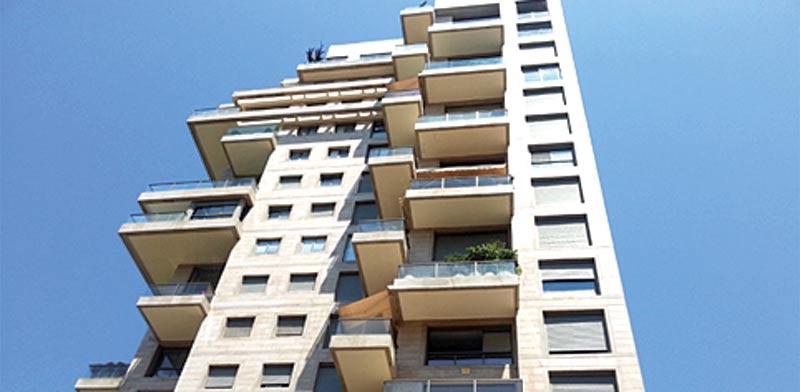 בתל אביב, ברחוב אברהם בויאר רמת אביב, הושכרה דירת 3 חדרים / צילום: תמר מצפי