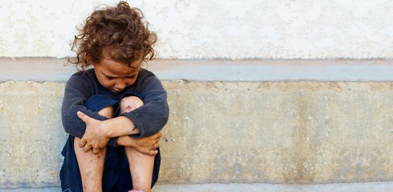 ילדה עצובה / צילום: שאטרסטוק