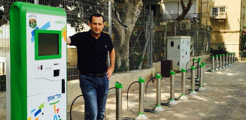 תל אופן בגבעתיים, רן קוניק ראש העיר / צילום: יחצ