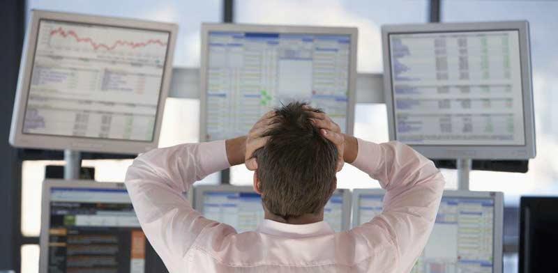 """""""אני אדון לעצמי"""": יום בחייו של סוחר עצמאי בשוק ההון"""