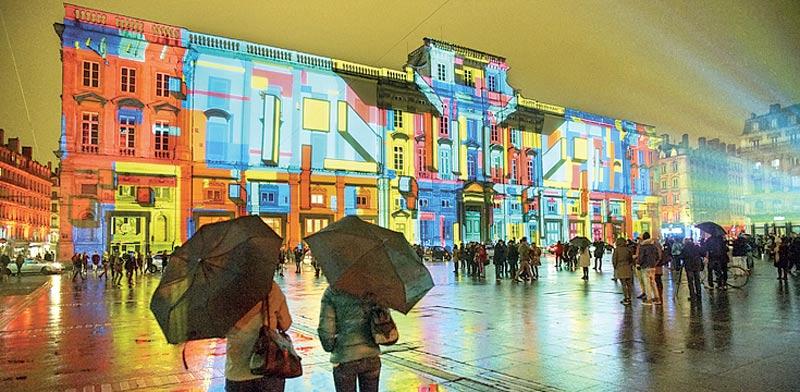מיצב אור אומנותי/ צילום: באדיבות לשכת התיירות הצרפתית