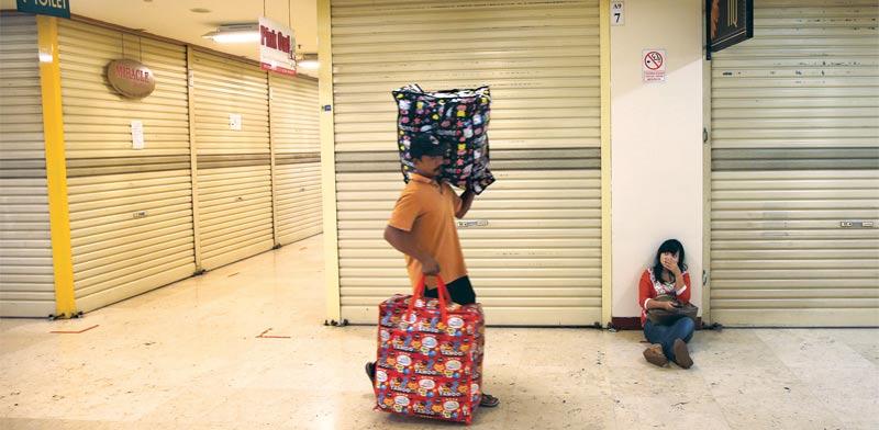 מרכזי מסחר סגורים / צילום: רויטרס