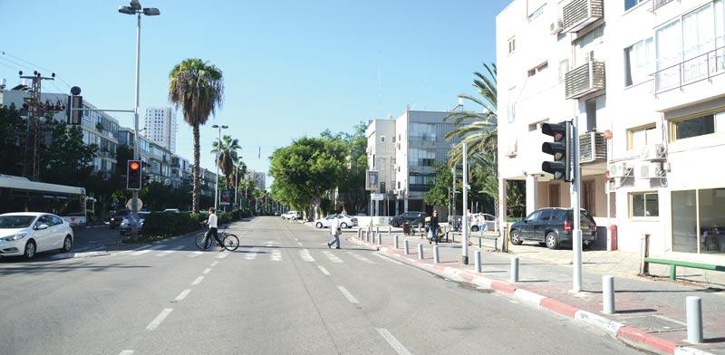 Arlozorov Street, Tel Aviv