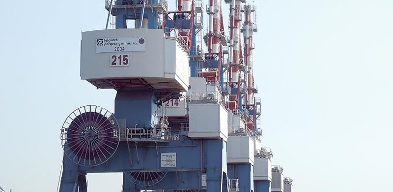 נמל אשדוד. לב ברון מחזיקה ב–14% משוק המלט הישראלי / צילום: איל יצהר