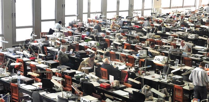 חדר מסחר בבורסה ליהלומים/ צילום: תמר מצפי