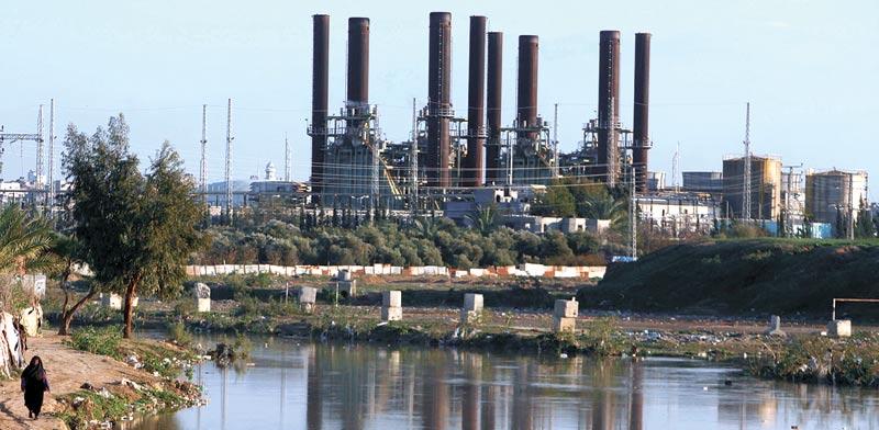 תחנת הכוח בעזה. נמצאת בבעלות של משפחת חורי הפלסטינית  / צילום: רויטרס