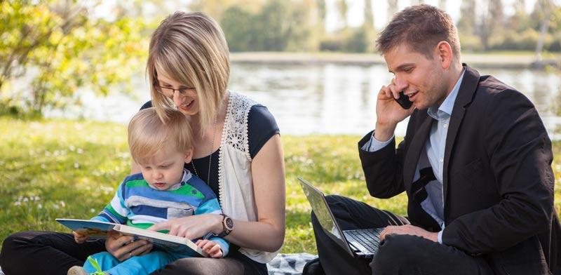 הג'אגלינג האינסופי בין חיי משפחה וקריירה / צילום:  Shutterstock/ א.ס.א.פ קרייטיב