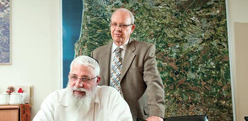 אברהם טאוב ושמעון הייבלום / צילום: רפי קוץ