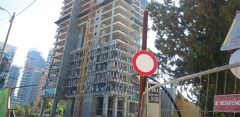 המגדל של אלעד מגורים בבבלי / צילום: תמר מצפי