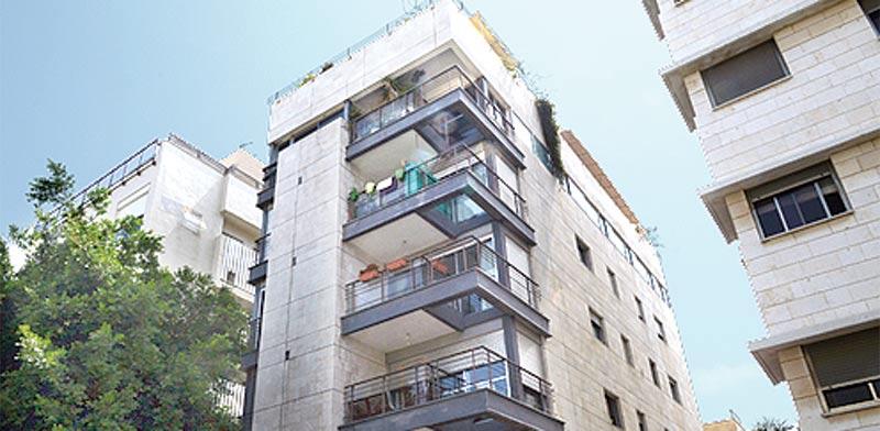 תל אביב, ברחוב המליץ / צילום: איל יצהר