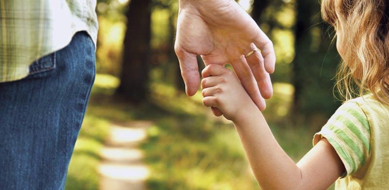 הורים וילדים / צילום: Shutterstock, א.ס.א.פ קריאטיב