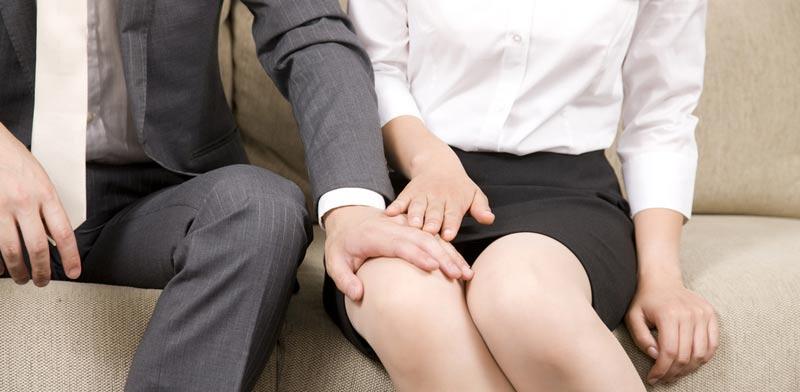הטרדה מינית או חיזור? / צילום:  Shutterstock/ א.ס.א.פ קרייטיב
