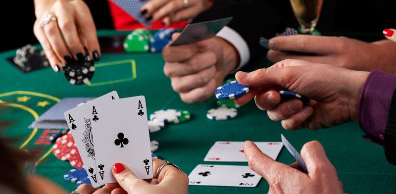 משחק פוקר / צילום:  Shutterstock / א.ס.א.פ קריאייטיב