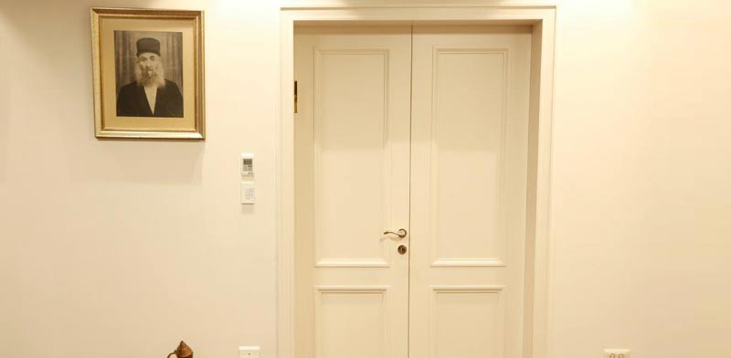 """דגם ורסאי 2 פאנל זוגית הלבשה מסוגננת/  צילום: יח""""צ חקשוריאן"""