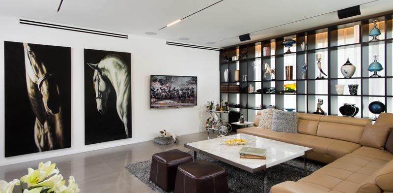 """ביתו הפרטי של האדריכל אמיר שלח בצפון ת""""א / צילום: רגב כלף"""