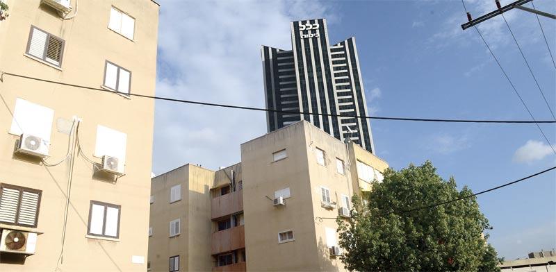 הבניינים ברחוב הצנחנים / צילום: איל יצהר