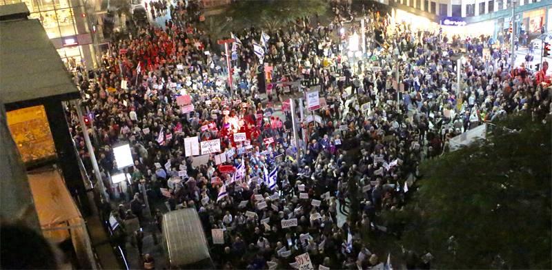 ההפגנה ברוטשילד הערב 23.12.17 / צילום: שלומי יוסף