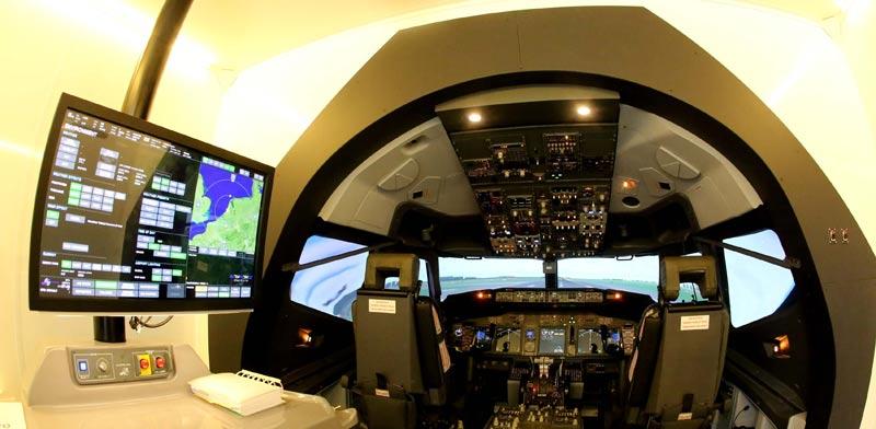 סימולטור טיסה באל על/ צילום: סיון פרג'