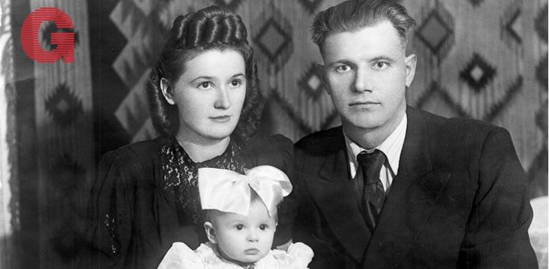 חיה שרמן לבית פינסק ובעלה ברוניסלב עם בתם מילה / צילום: אלבום פרטי