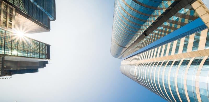 אסור להבטיח לדיירים הרים וגבעות בפרויקטי התחדשות עירונית / צילום: Shutterstock/ א.ס.א.פ קרייטיב