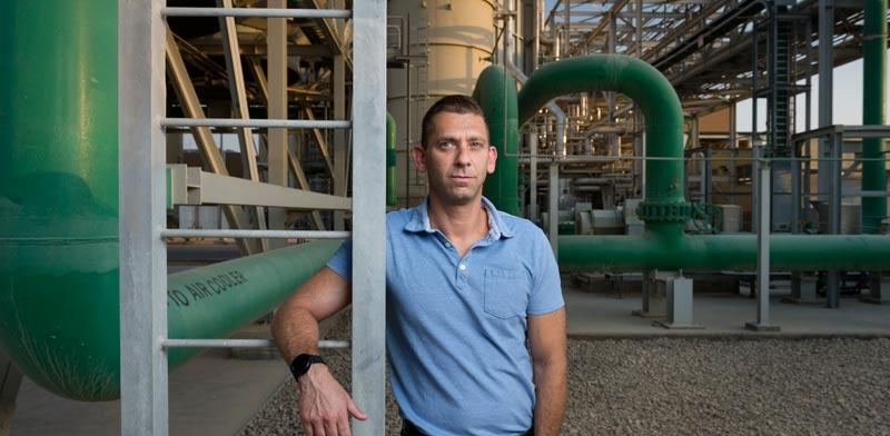 """גיורא אלמוגי, מנכ""""ל או.פי.סי אנרגיה / צילום: יונתן בלום"""