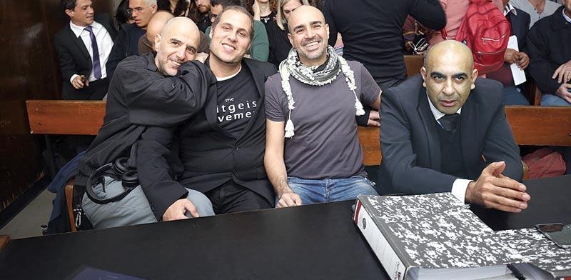 9 שירי המחאה הישראלים הגדולים C18_55800