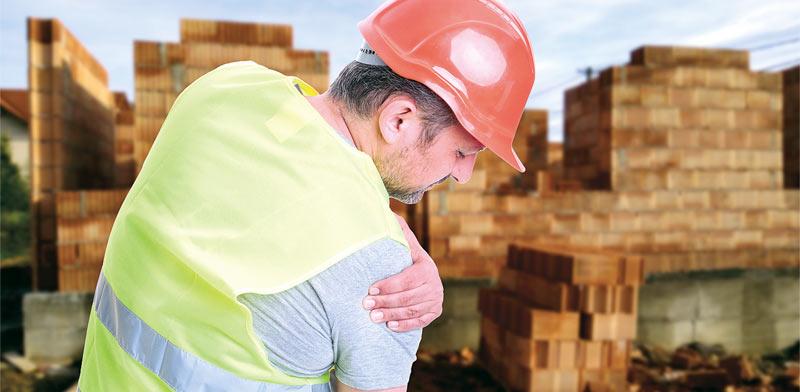 פציעה בעבודה / צילום:  Shutterstock/ א.ס.א.פ קרייטיב