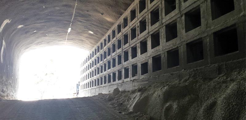 הקברים בהר. שלוש מעליות ל–90 איש / צילום: גיא נרדי