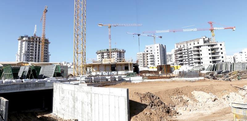 בנייה בבאר שבע / צילום: אייל פישר