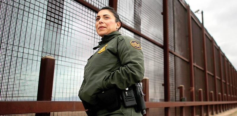 """הגדר בין ארה""""ב למקסיקו / צילום: רויטרס"""
