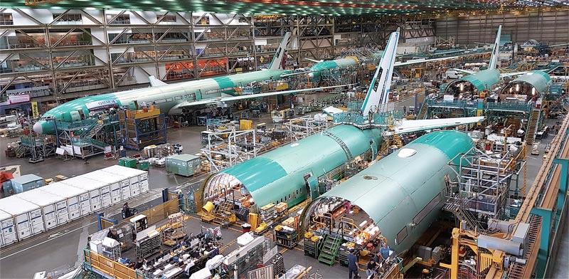 """קו הייצור של הדרימליינר במפעל בואינג בסיאטל / צילום: יח""""צ"""