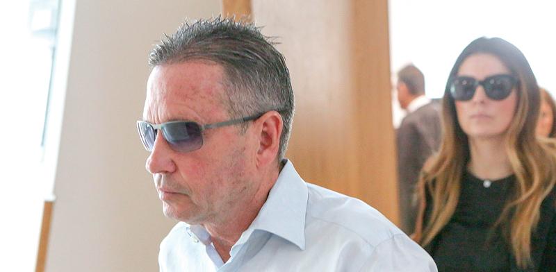 קופל בבית המשפט, היום. יחל לרצות את מאסרו ב–1 במאי / צילום: שלומי יוסף