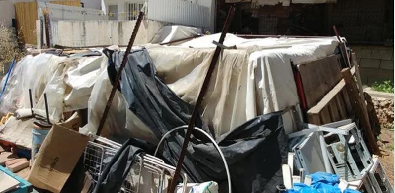המבנה שבו הוחזק הילד / צילום: שלומי גבאי, מתוך אתר וואלה