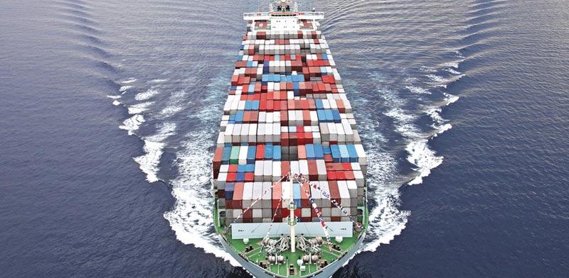ספינת מכולות / Shutterstock | א.ס.א.פ קריאייטיב