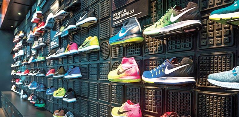 נעלי נייקי / צילום: Shutterstock, א.ס.א.פ קריאייטיב