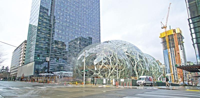 המטה של אמזון בסיאטל / צילום: Shutterstock, א.ס.א.פ קריאייטיב