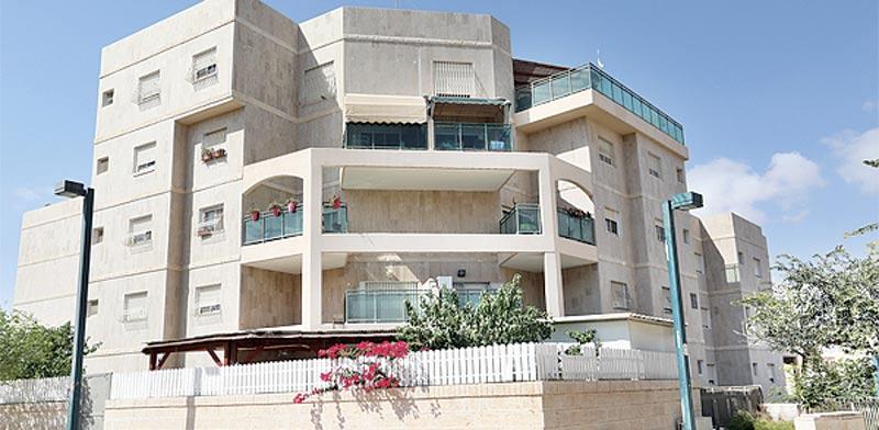 עדכון מעודכן יד שנייה: בכמה נמכרה דירת 4 חד' בשכונת רמות בבאר-שבע? - גלובס WN-79