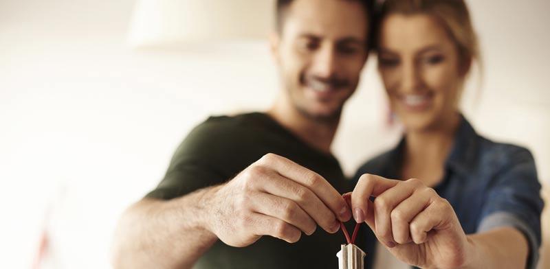 באילו תנאים כדאי להגדיר הענקת הנכס כמתנה? /  צילום:Shutterstock/ א.ס.א.פ קרייטיב