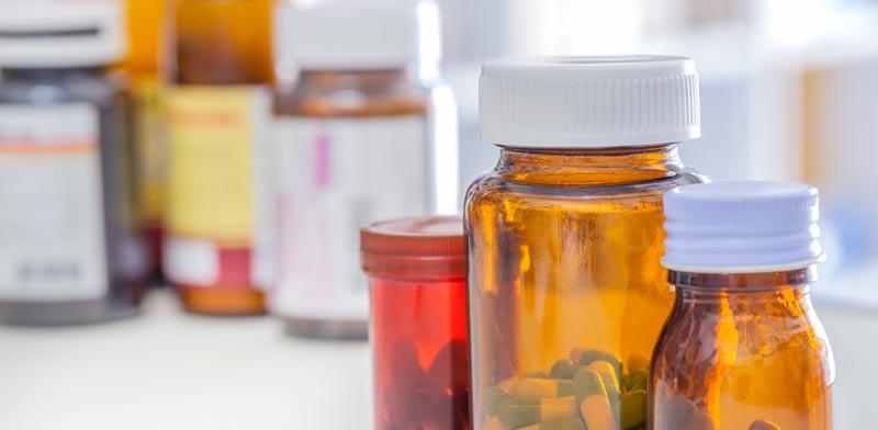 לעיתים נטילת תרופה אחת עלולה להביא לבעיות רפואיות חדשות /   צילום:Shutterstock/ א.ס.א.פ קרייטיב