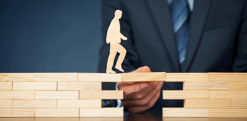 איך מתמודדים עם דחיית תביעה מצד חברת הביטוח?