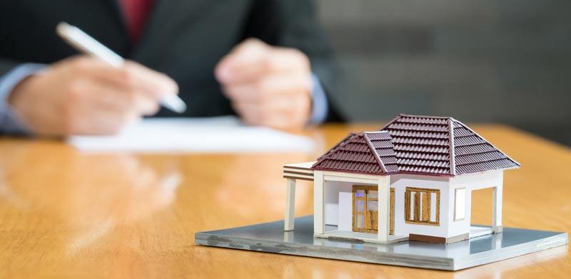 מה חשוב לדרוש מהיזם לפני חתימת הסכם תמא 38 / צילום:  Shutterstock/ א.ס.א.פ קרייטיב