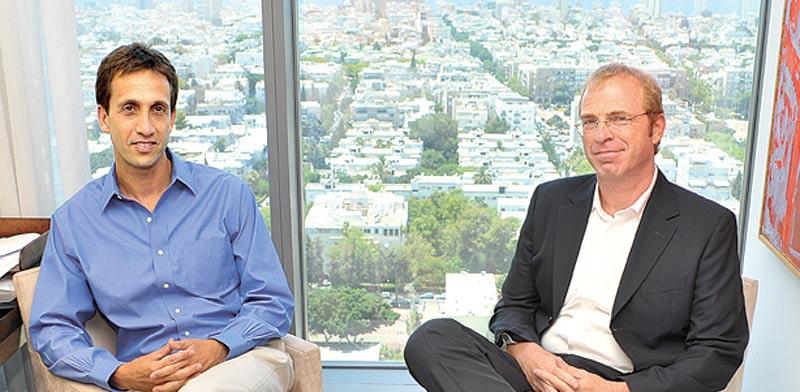 מני וסרמן (מימין) ורן גורדיצקי / צילום: תמר מצפי