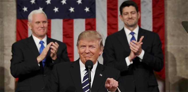 מימין לשמאל: פול ריאן, דונלד טראמפ ומייק פנס / צילום: רויטרס