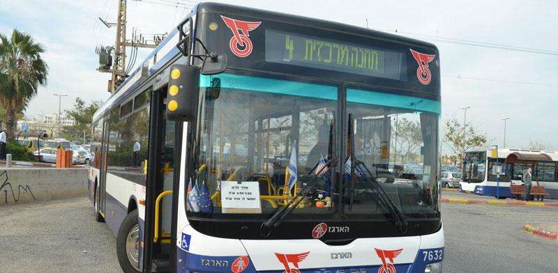 תחבורה ציבורית בשבת היא צו השעה - והגיעה השעה