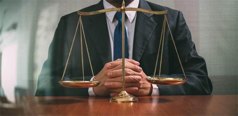 עריכת דין / צילום: Shutterstock